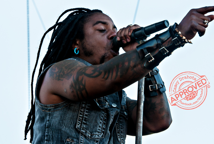 Sevendust and Lajon Witherspoon tearing up the Kansas City Rockfest stage.